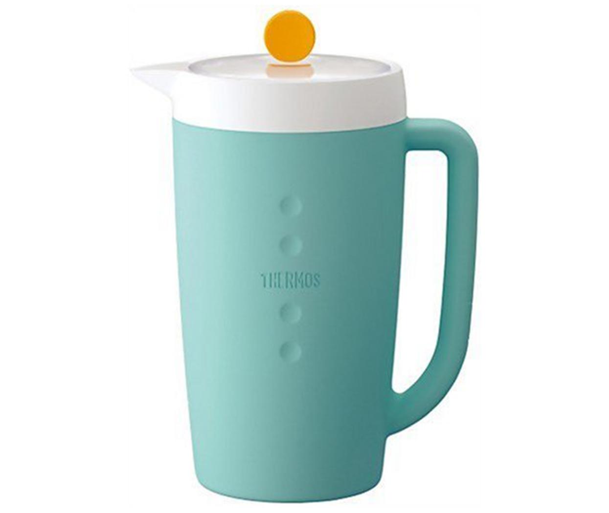 Capacidad: 1.5L  Conserva líquidos fríos por 10 horas  Material: poliuretano  No retiene olores