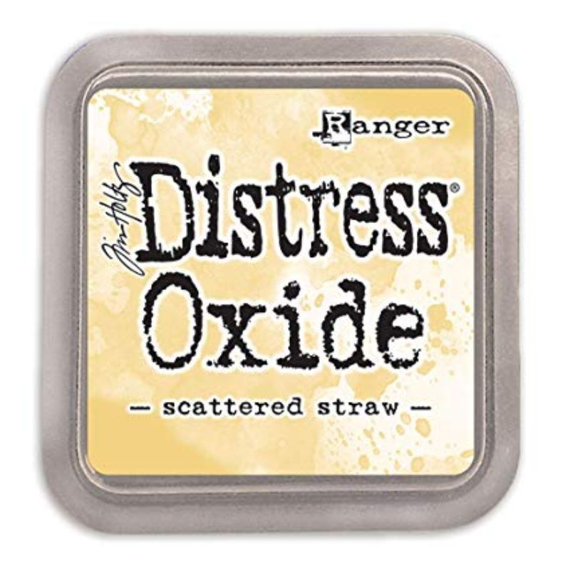 Tinta Distress Oxide es una fusión de tinta de pigmento y colorante reactivo al agua que crea un efecto oxidado cuando se rocía con agua. Úsalo con sellos, plantillas y directo a la superficie. Puedes utilizarla con el aplicador de tinta. Tamaño: 7.6 x 7.6 cm.
