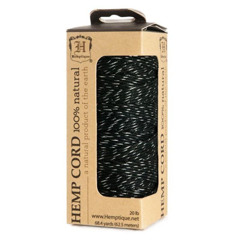 Hilo de fibra natural de cañamo negro con plateadoutilIzado en scrabooking, tarjetería,encuadernación y decoración en todo tipo de manualidades, es biodegradable de 1 mm. de espesor, 62.5mt.  Equipo Scrapyart