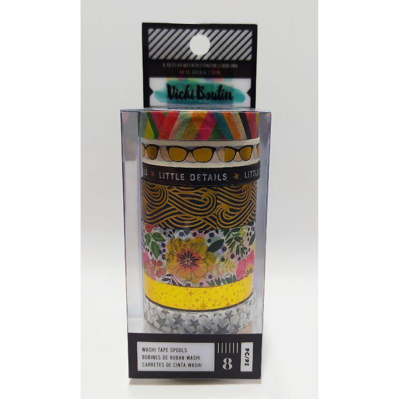 """Washi Tape """"Lets Wander""""  Agregue el tono perfecto a tus páginas con temas de viajes con la cinta Washi de la colección """"Let's Wander"""" con detalles en foil diseñada por Vicki Boutin. El paquete incluye 8 rollos de cinta washi con patrones de flores, lentes de sol, estrellas y más. Cada rollo mide 5 yardas de largo.  Equipo Scrapyart"""