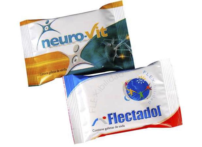 Clasicas galletas de soda o vainilla en un pack individual, impresos en envoltura perlada (blanco) a full color.