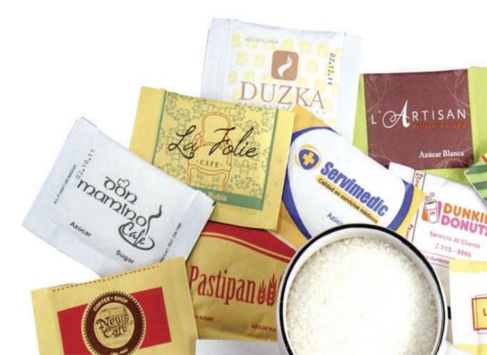 Únicos y llamativos sachets con tu logo, impresas en un material preparado para proteger el contenido.