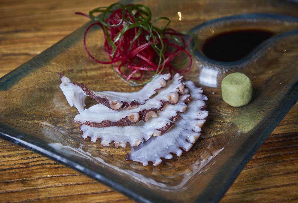 Sashimi de pulpo cocido, 4 cortes