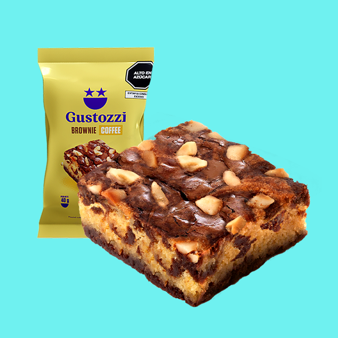 Brownie con delicioso sabor y aroma a café, decorado con castañas tostadas.
