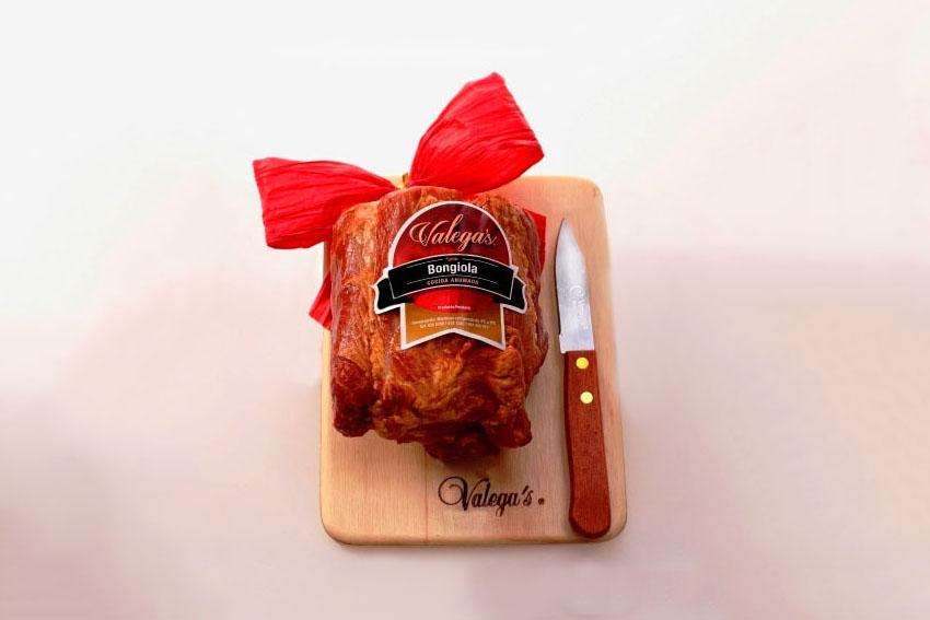 Bongiola Valegas de 750gr con tabla de madera y cuchillo