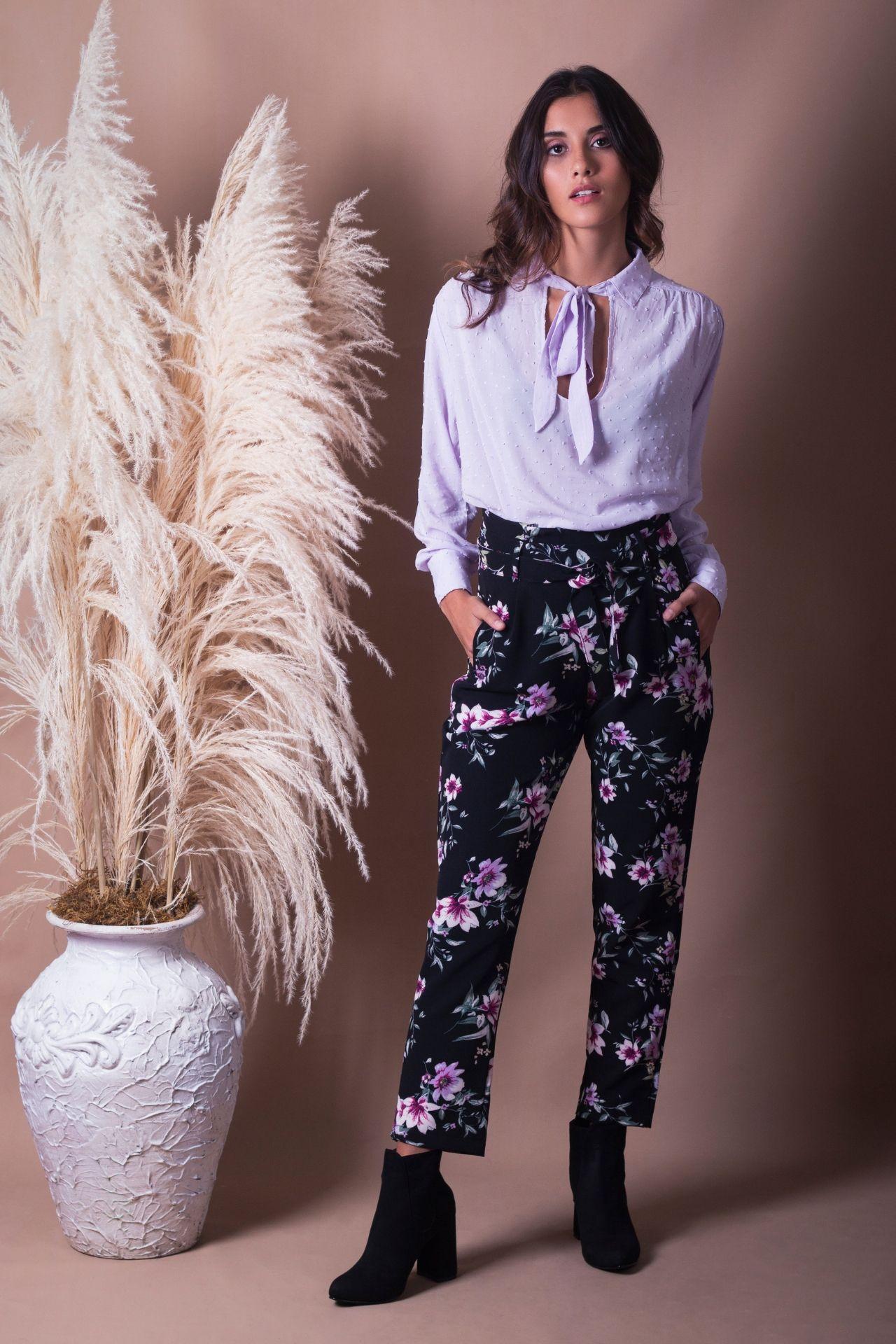 Pantalón largo de tela cataña: tela licrada, strech.