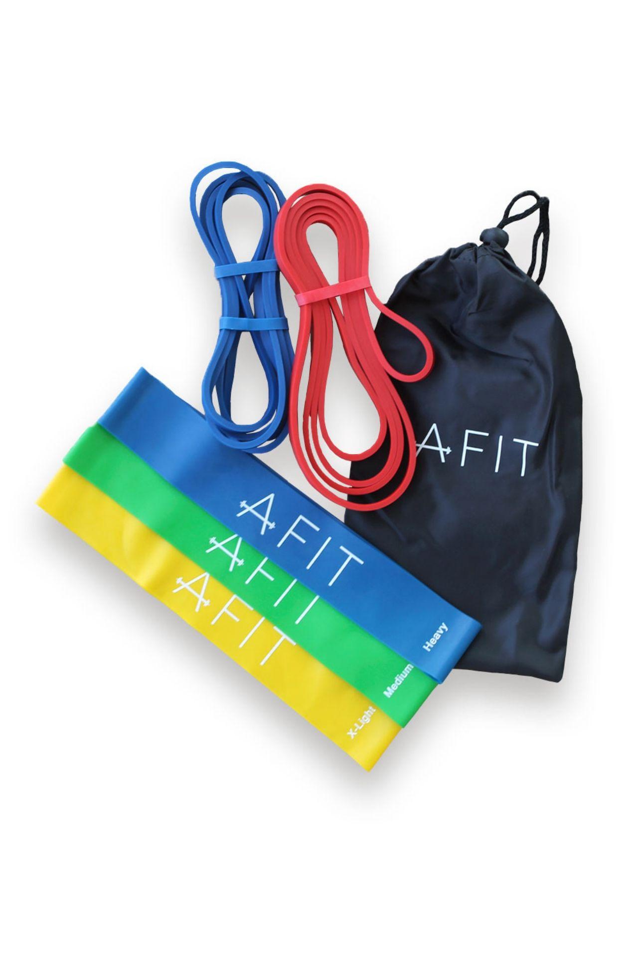 Pack de 2 bandas largas (rojo y azul) y 3 mini bandas con distintos niveles de resistencia.  Perfectas para entrenar en casa, en el gimnasio, etc.  Muy ligeras, ideales para llevar de viaje.  Agrega resistencia a tus entrenamientos y progresa rápido.  Bandas largas:   Alto: 1 cm  Ancho: 0.03 cm   Largo: 40 cm  Peso:0.3 kg  Mini bandas:  Alto: 5 cm  Ancho:0.2 cm    Largo: 30 cm                 Material: látex