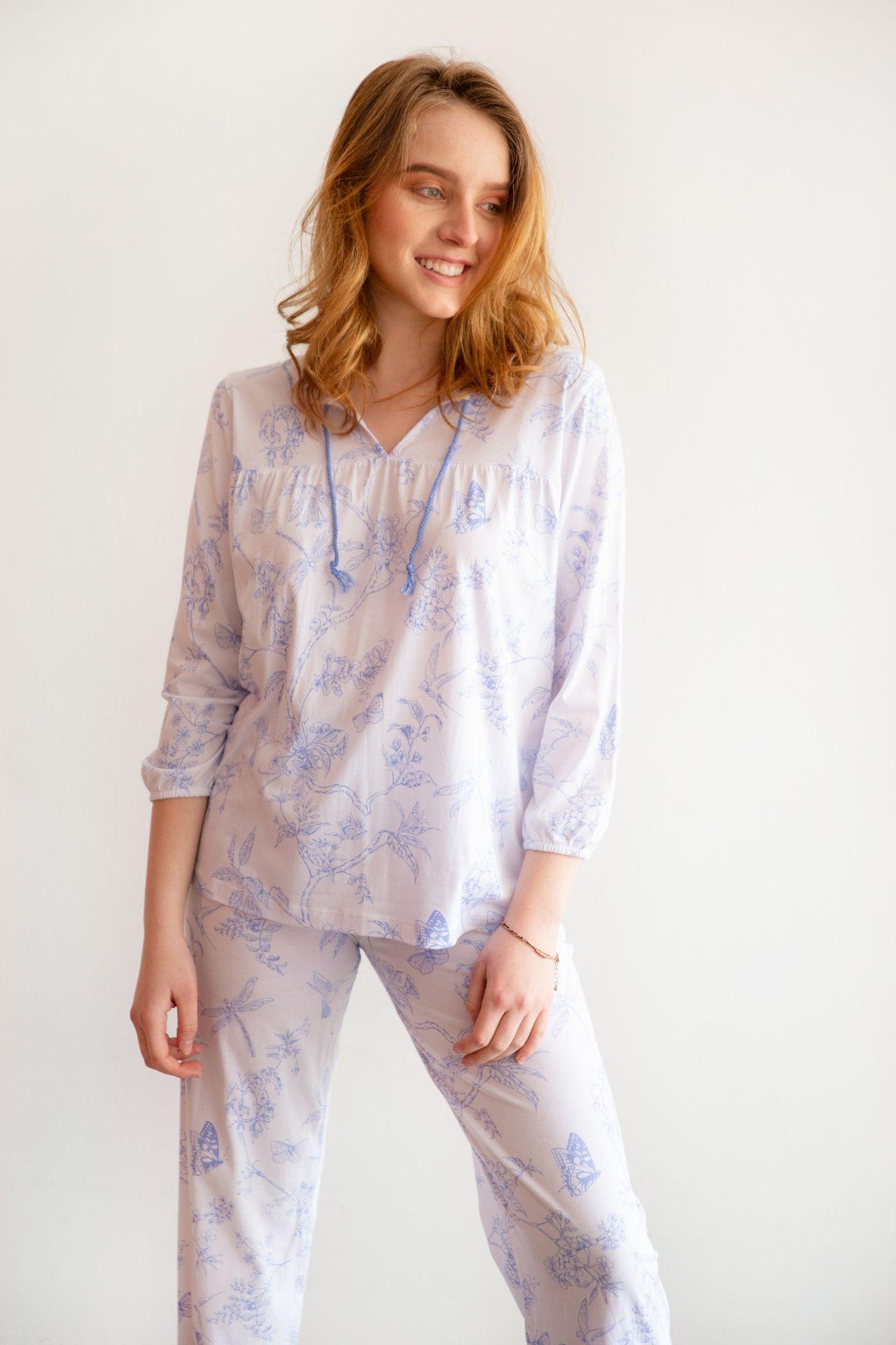 Pijama de algodón.  2 piezas pantalón y polo manga tres cuartos BLANCA