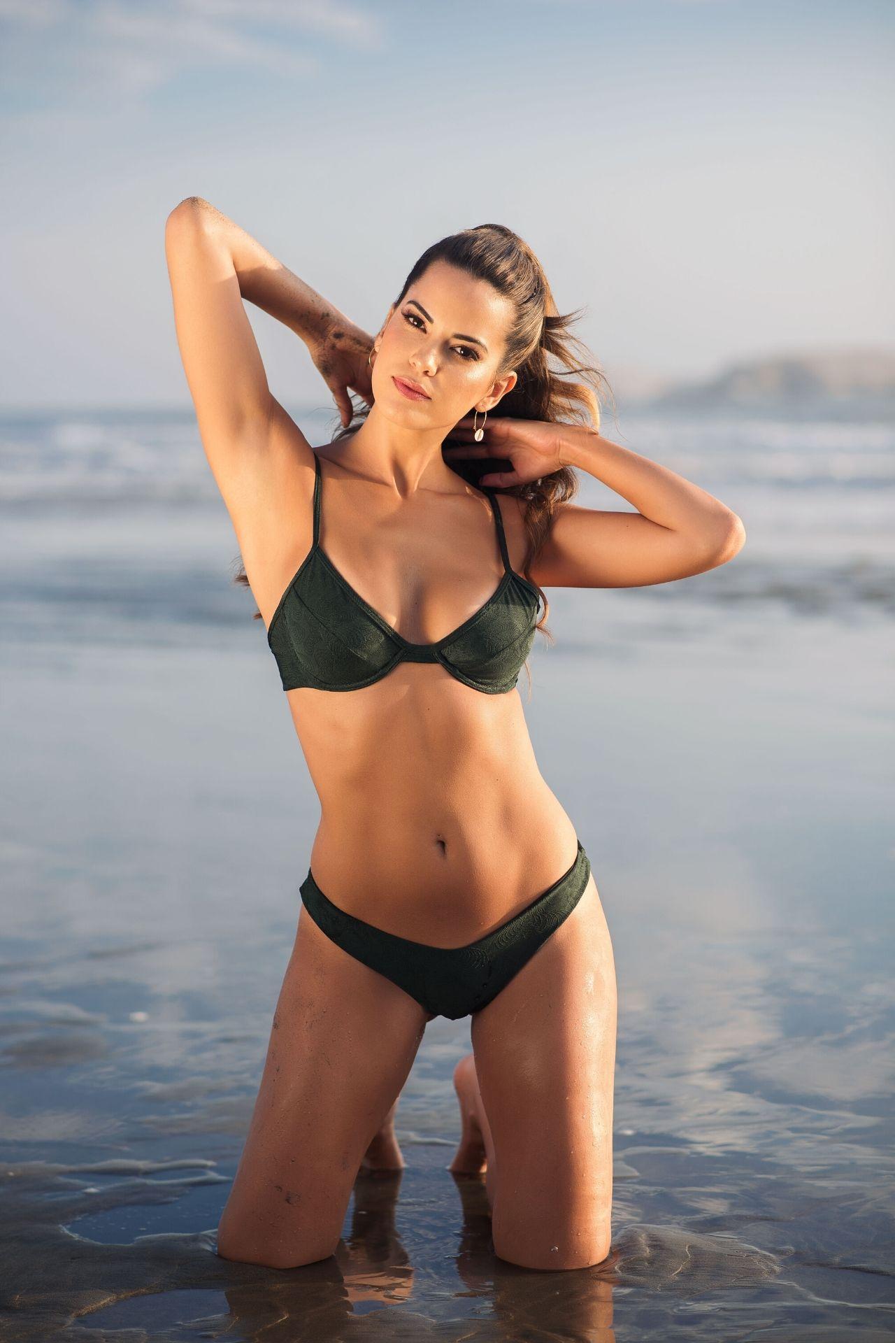 Bikini Lali con corte brasilero.  Hecho en Perú.