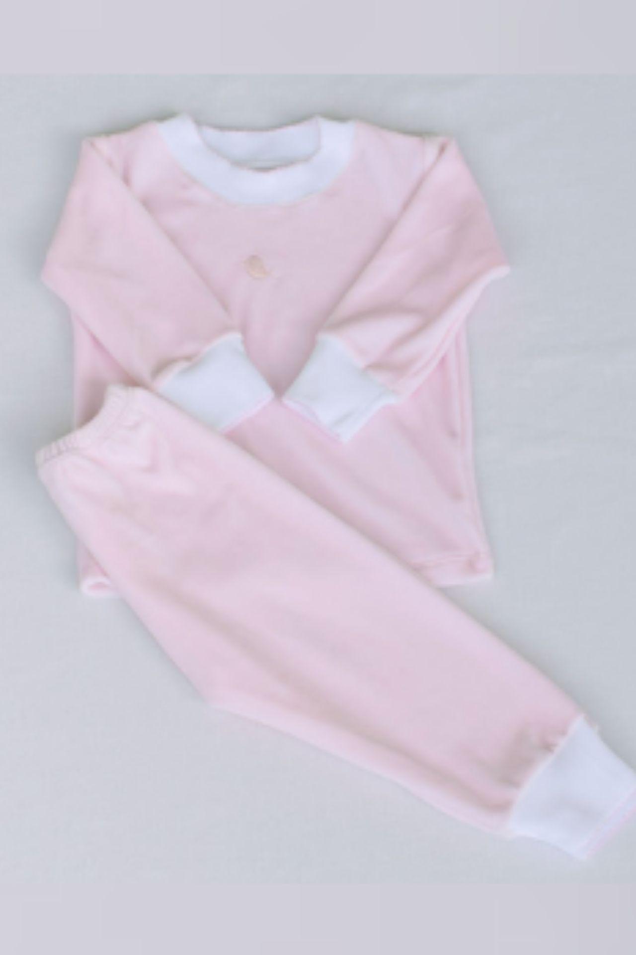 Set Sam se puede utilizar como buzo o como pijama, esta hecho de plush, algodón Pima.