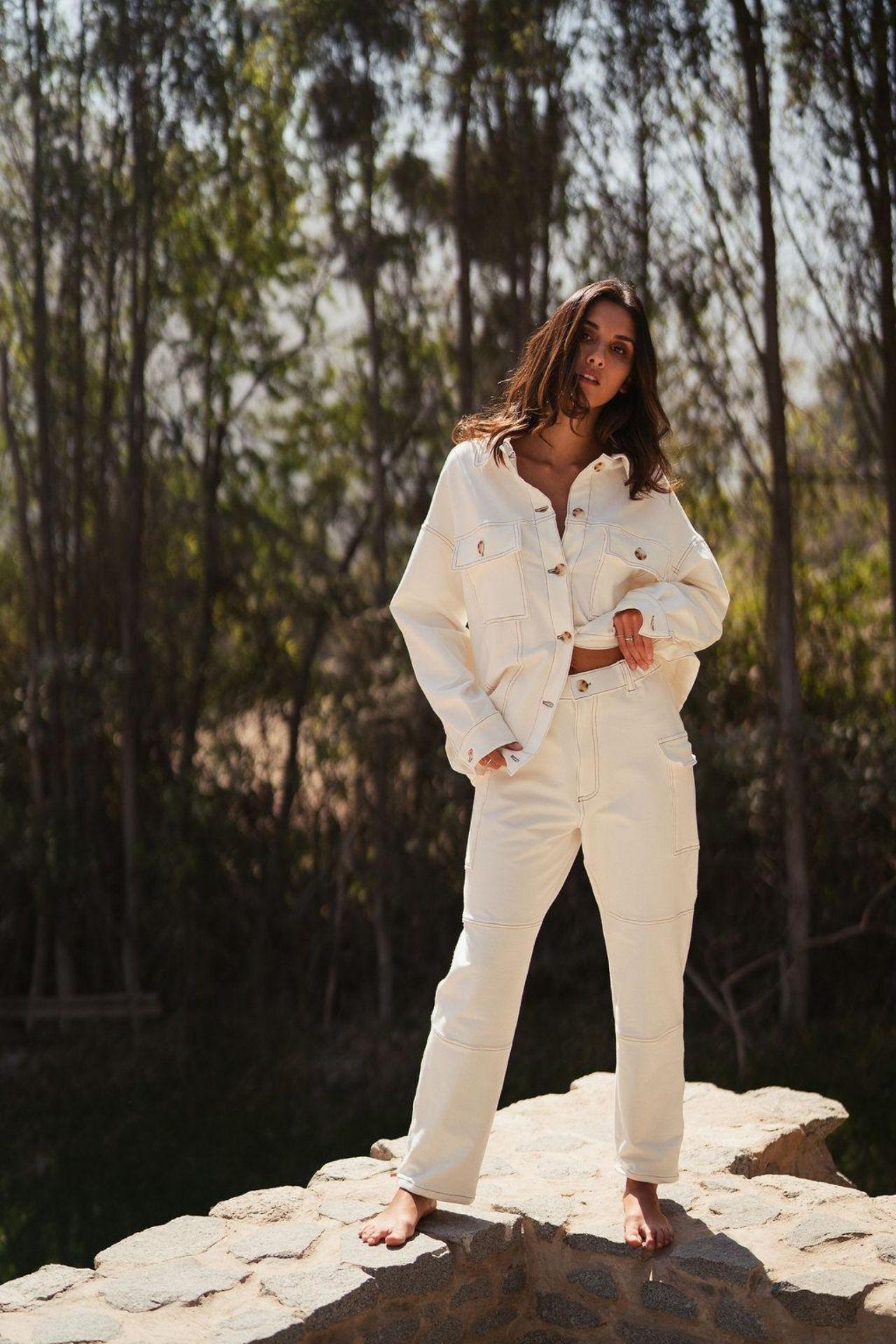 Casaca Carmela confeccionada de french terry 100% algodón  Busto Cintura 114 114