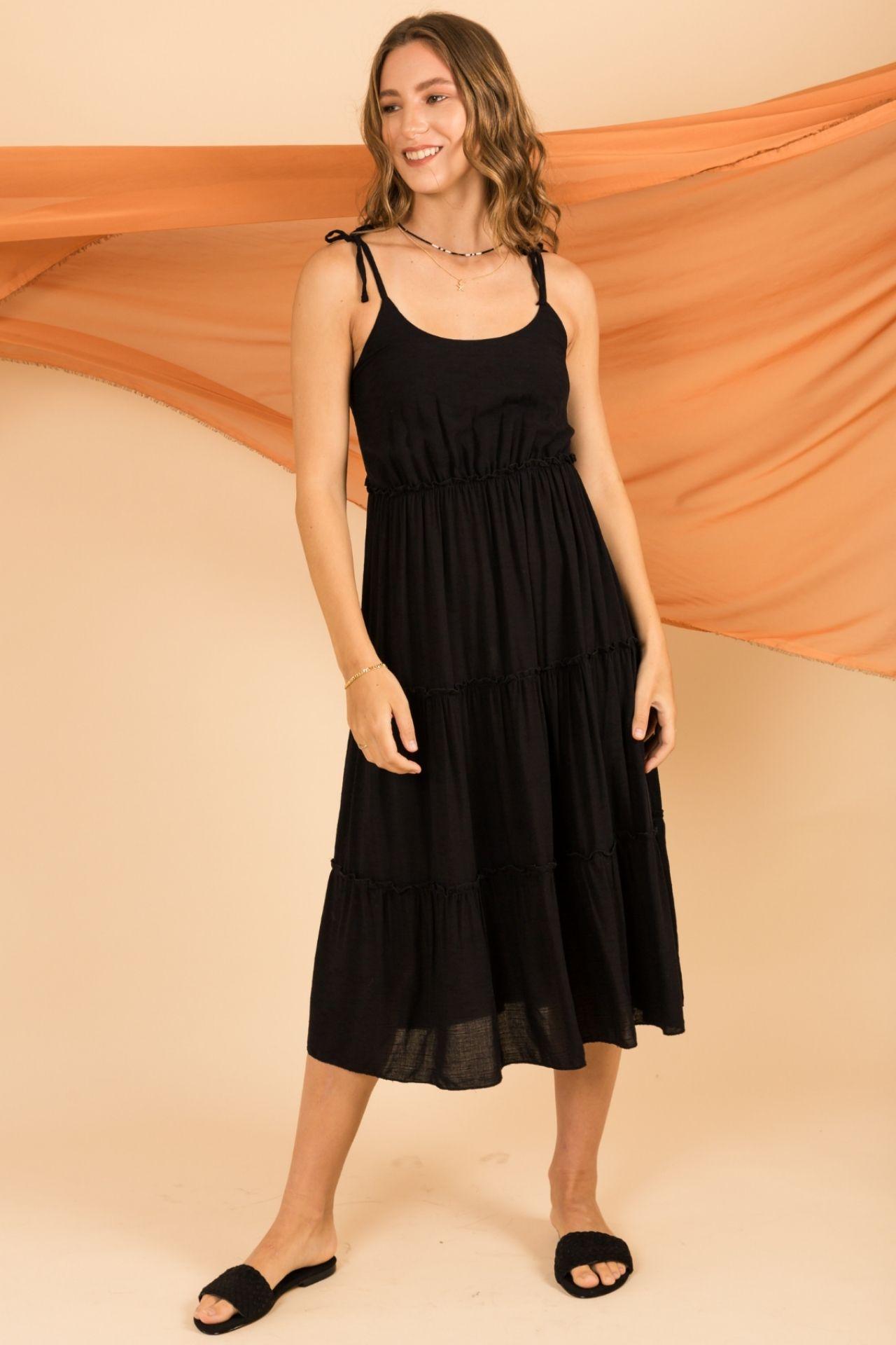 Vestido midi  Multiaguja en la espalda  Material: barena  Contorno de busto: hasta 97 cm  Largo: 113 cm desde el hombro